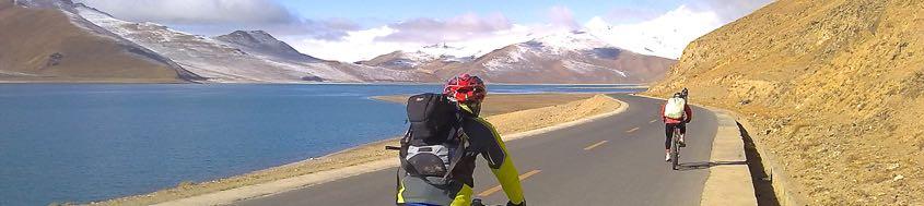 Biketour Lhasa-Kathmandu. Entlang des Yamtrok Tso (Tso = See).