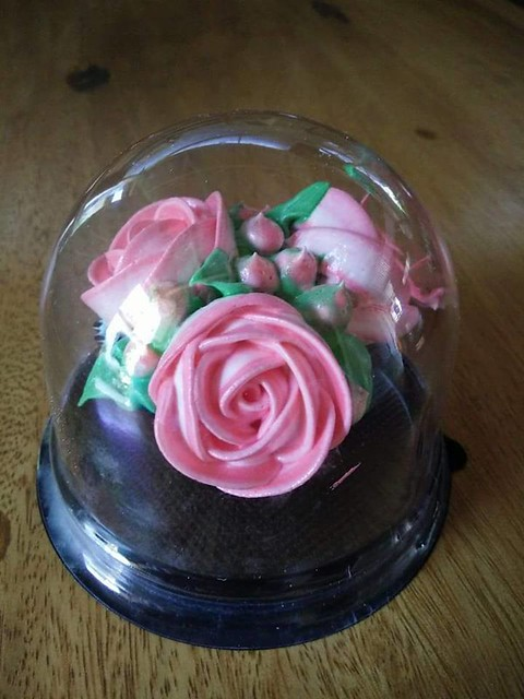 Unique Cake by Valdez Amir