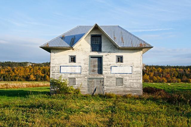 Ancien entrepôt à pommes de terre à St-André de Kamouraska.
