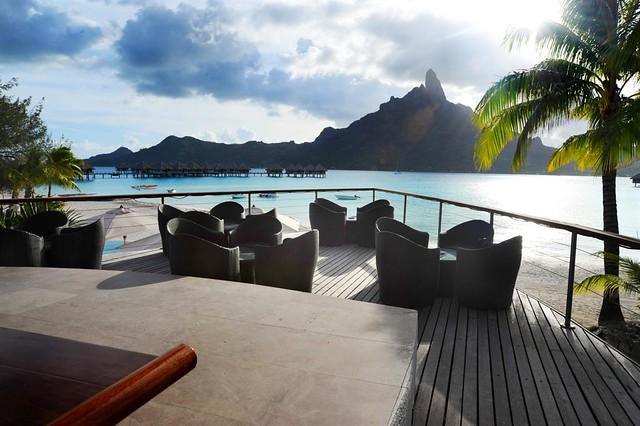 Le Meridien Bora Bora—Miki Miki Bar Terrace