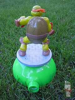 IMPERIAL TOY LLC. :: Nickelodeon TEENAGE MUTANT NINJA TURTLES :: SPRINKLER xiii (( 2013 ))