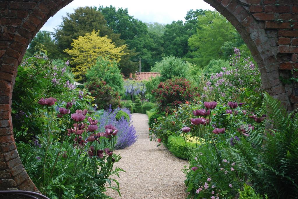 Porthole Garden