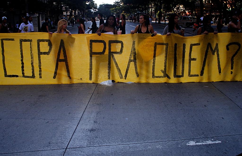 1ª MANIFESTAÇÃO PELA REDUÇÃO DA PASSAGEM- 2,80 NÃO! 15/06/13