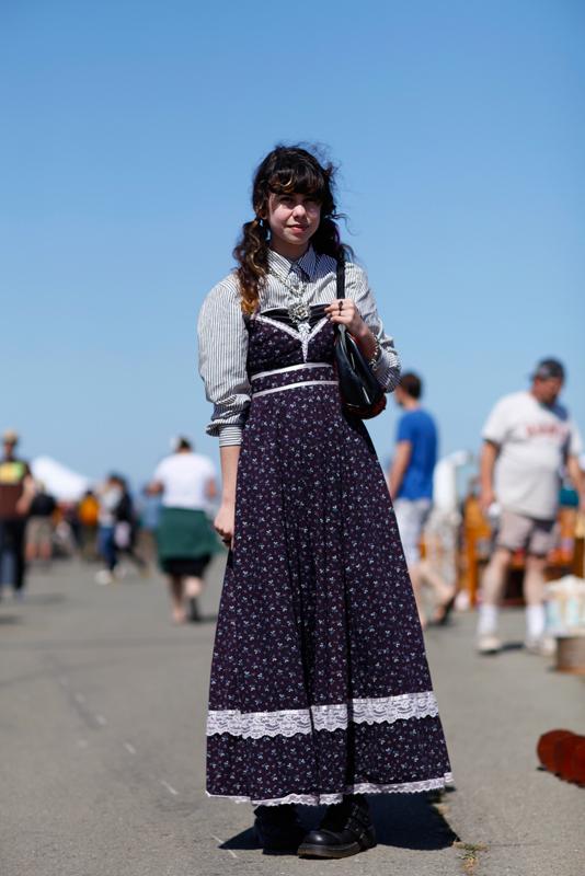 miu street style, street fashion, women, Alameda Flea Market