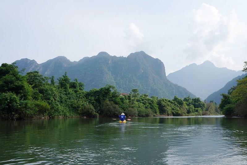 寮國旺陽Vang Vieng Kayaking & Tubing