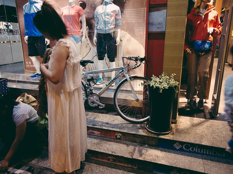 無標題 【外地遊記】<br>當單車在夜裡的麗江古城時... 【外地遊記】當單車在夜裡的麗江古城時… 9343883474 d61fd20ffc c