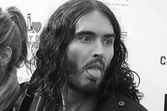 Russell Brand l328271_001-161375