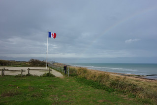 Juno Beach の画像. travel france beach wwii worldwarii normandie normandy dday calvados junobeach lafrancelibre croixdelorraine crossoflorraine operationoverlord invasionofnormandy hhour freefrance frenchfreeforces