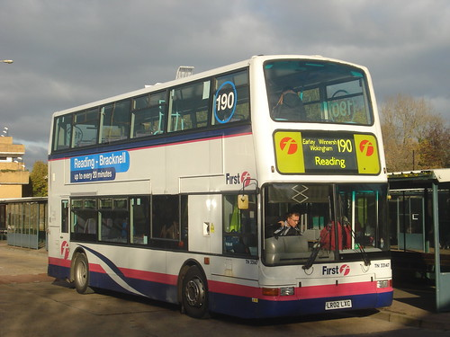 First Beeline TN33147 on Route 190, Bracknell