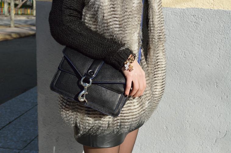 lara-vazquez-madlula-blog-black-outfit-basics-details