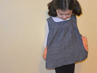 Blue tunic with bunny pockets3