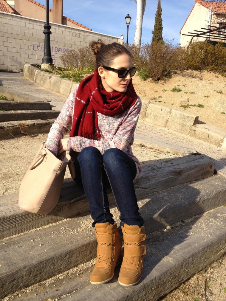 lara-vazquez-madlula-blog-casual-look-camel-details