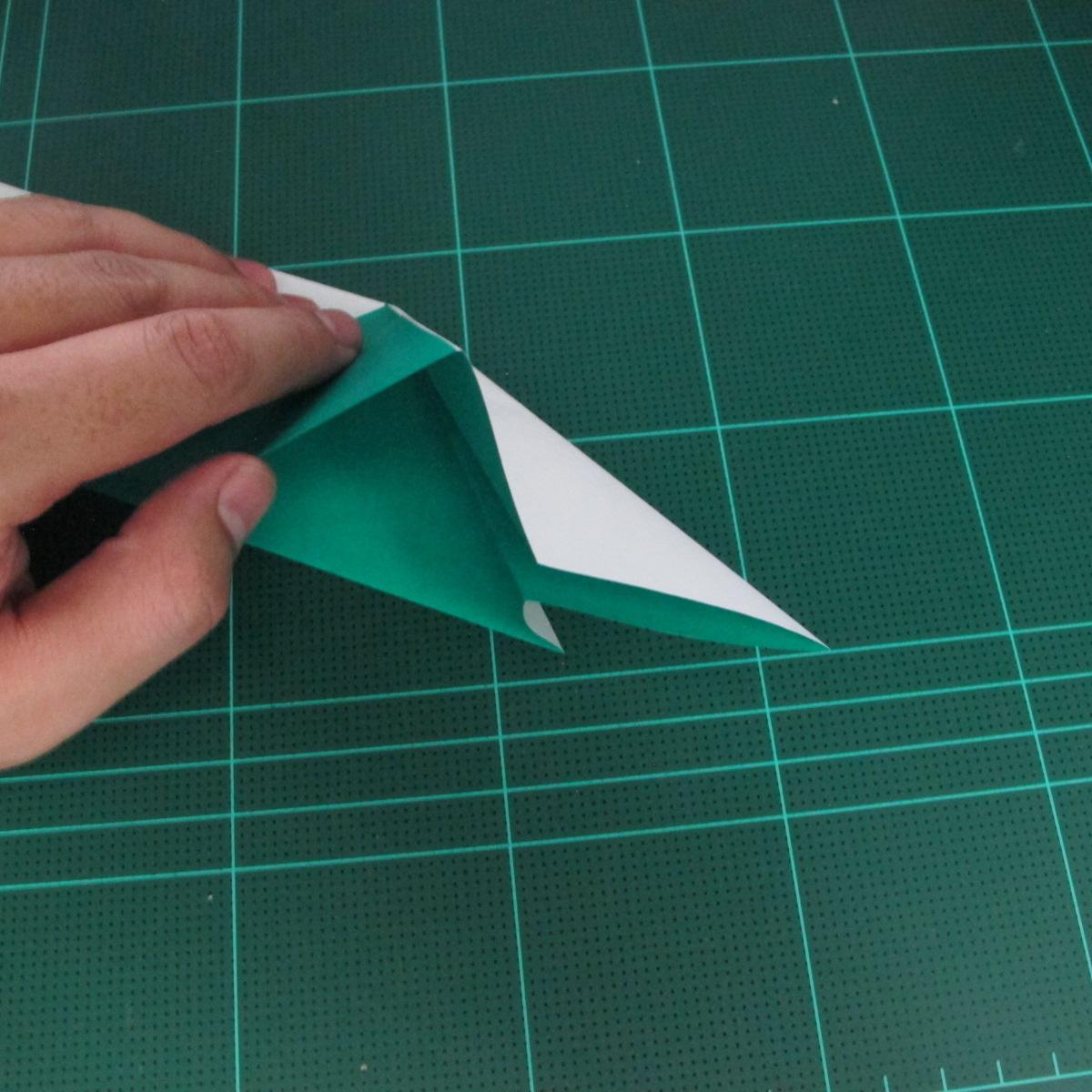 การพับกระดาษเป็นรูปเรือมังกร (Origami Dragon Boat) 012