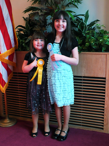 Lucy and Julia with their ribbons
