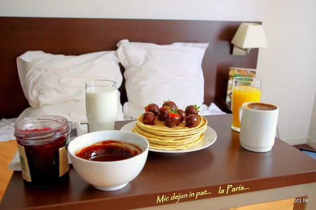 Mic dejun... la Paris (3)