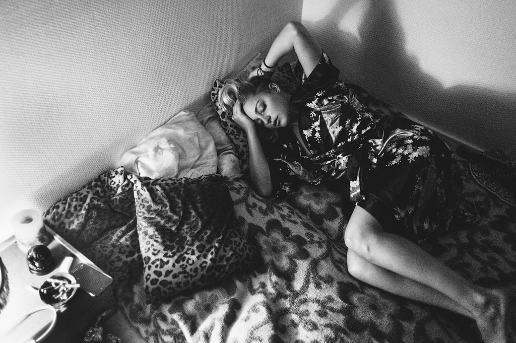 LE LOVE BLOG LOVE STORY LOVE PHOTO IMAGE GIRL WOMAN BLACK WHITE LAYING IN BED THINKING OUTGROWN RELATIONSHIP SHOULD SHE END IT Untitled by  Emmanuel Rosario, on Flickr