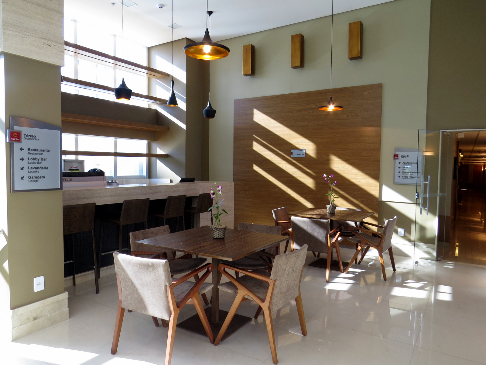 Blue Tree Premium Jade Brasilia: novo hotel de luxo na Capital Federal  #A06B2B 1600x1200 Balança Digital Banheiro Como Regular