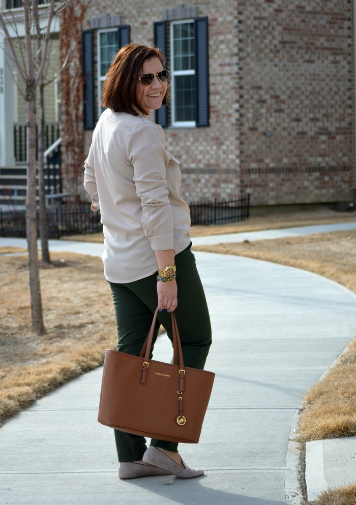 Fabulous30s-earth-tones-outfit-ideas-spring-style