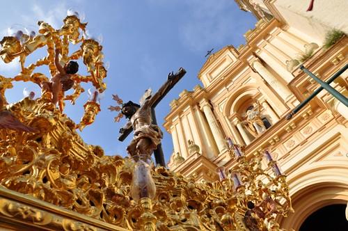 AionSur 13929145422_9a142c2085_d Esperanza y Santo Entierro, corazones divididos en estaciones de penitencia que se unen Cultura Semana Santa