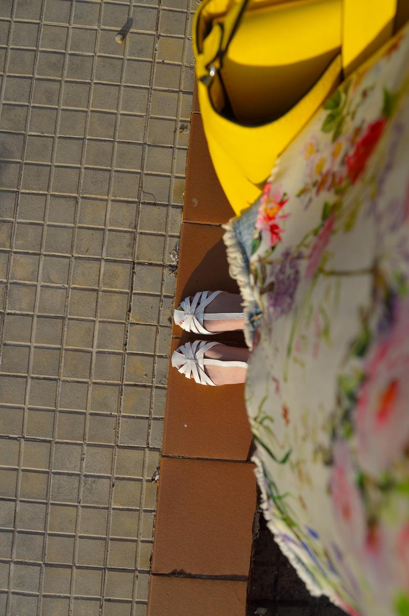 lara-vazquez-madlulablog-fashion-shoes-spring-colorful