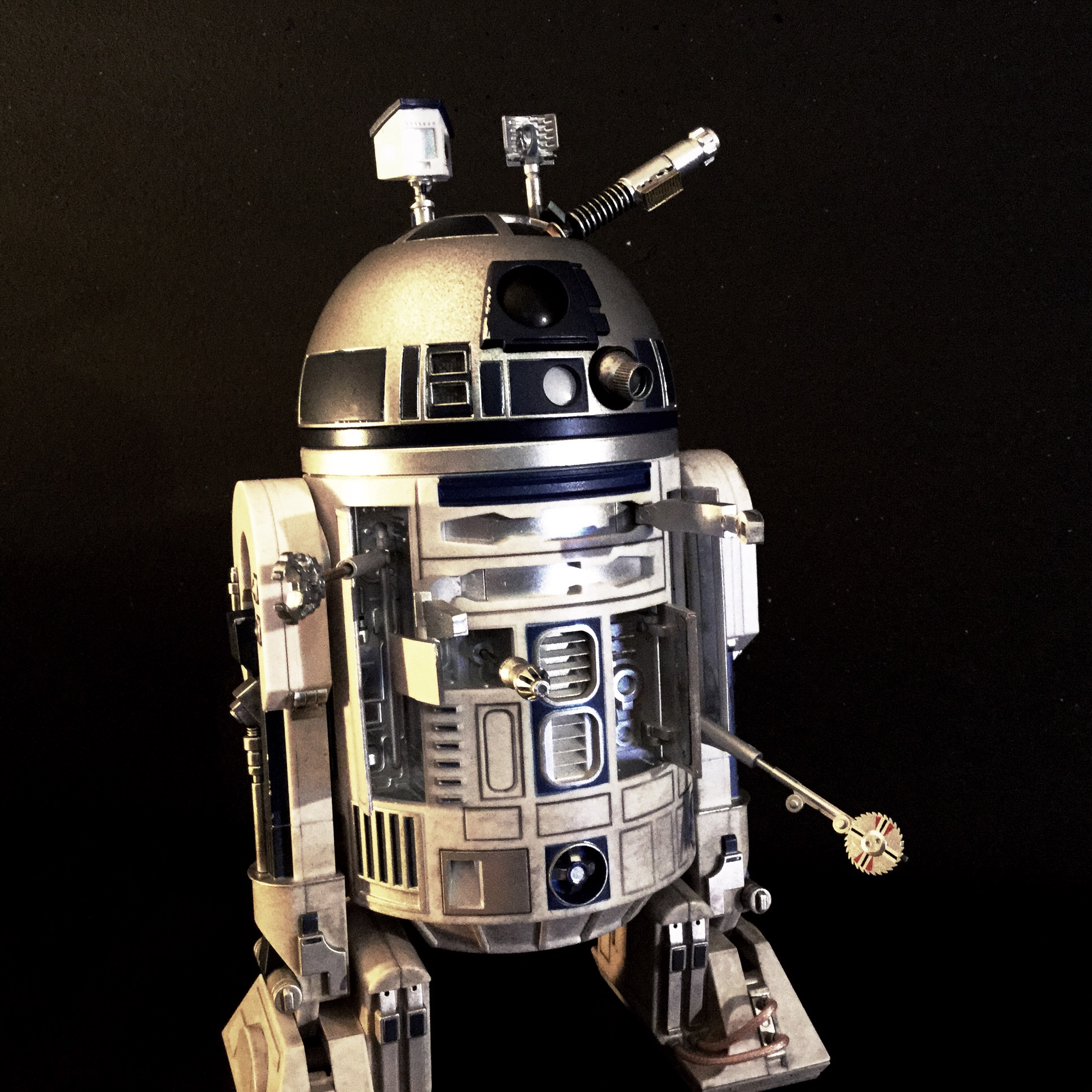 [REVIEW] Star Wars : R2-D2 Deluxe (Sideshow) 15821551294_7e8977a2fd_o