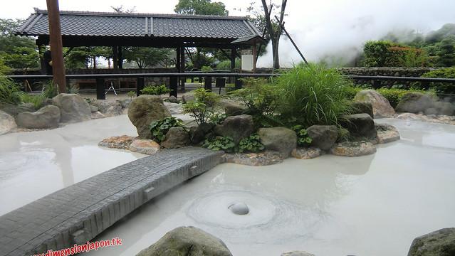 CIMG1071 Burbujeante el  Infierno Oniishibozu Jigoku (Beppu) 13-07-2010 copia