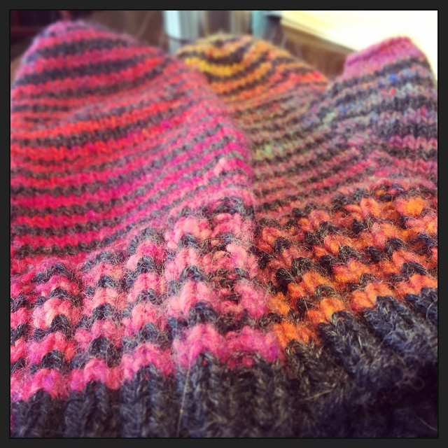 Sooo happy I finished these mittens before today's (supposed) Big Snow. #knitting #knitstagram