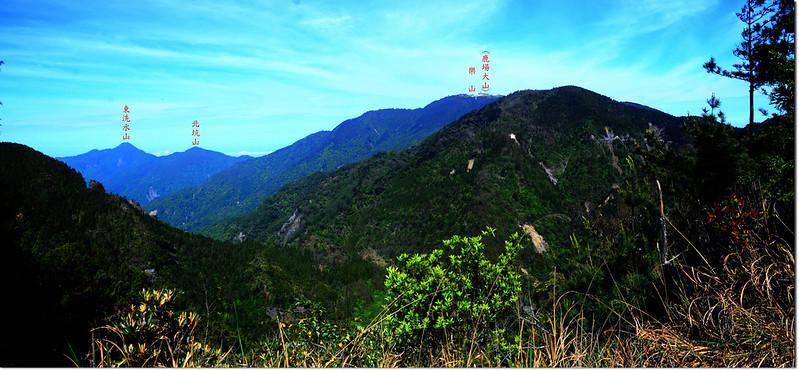 榛山觀景台西眺鹿場大山、北坑山及東洗水山