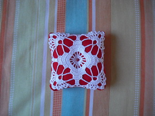 Alfineteiro de Crochê  - Pincushion