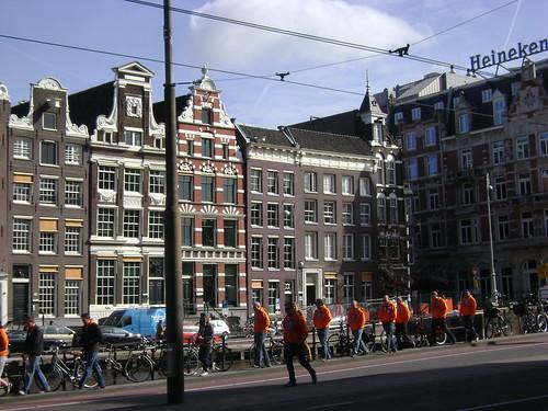 Orange & Heineken, Amsterdam, Holland - www.meEncantaViajar.com by javierdoren
