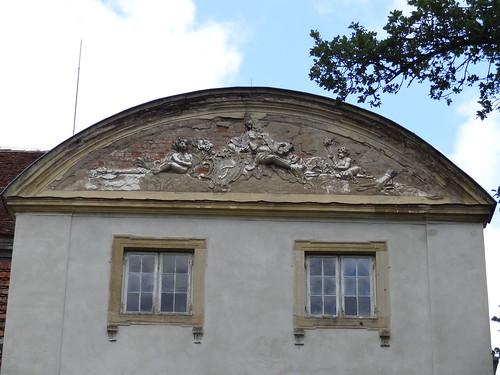 DSC08754 Ivenack palace, main building