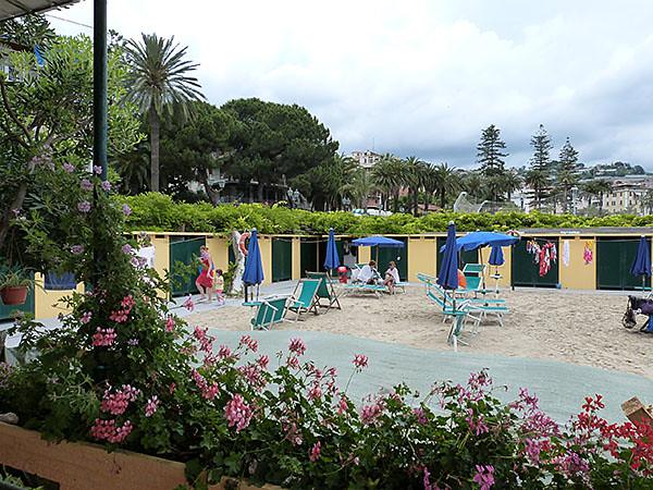plage restaurant 2