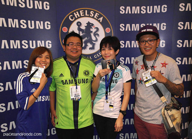 chelsea with team samsung malaysia