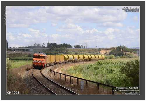 train diesel cargo 1900 cp alstom freight 1908 oeste cereais rgs carga plataformas contentores alsthom tadgs mercadorias tdgs sgnss ramalhal caixasmóveis tremonhas nézcassê