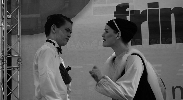 performers on the Mile 057
