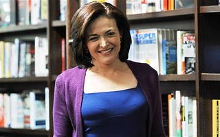 Sheryl Sandberg, Chief Operating Officer of Facebook , 12 inspiring business people - Anil Labs