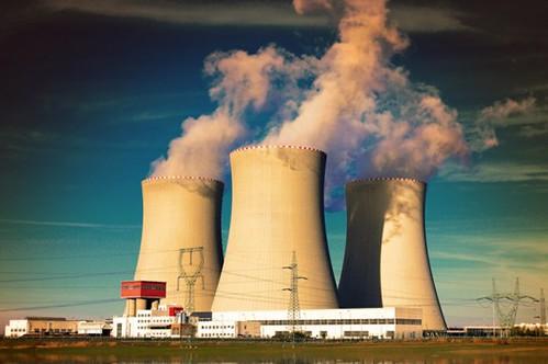 Япония довела мощность солнечных электростанций до 10 ГВт и отключила все АЭС