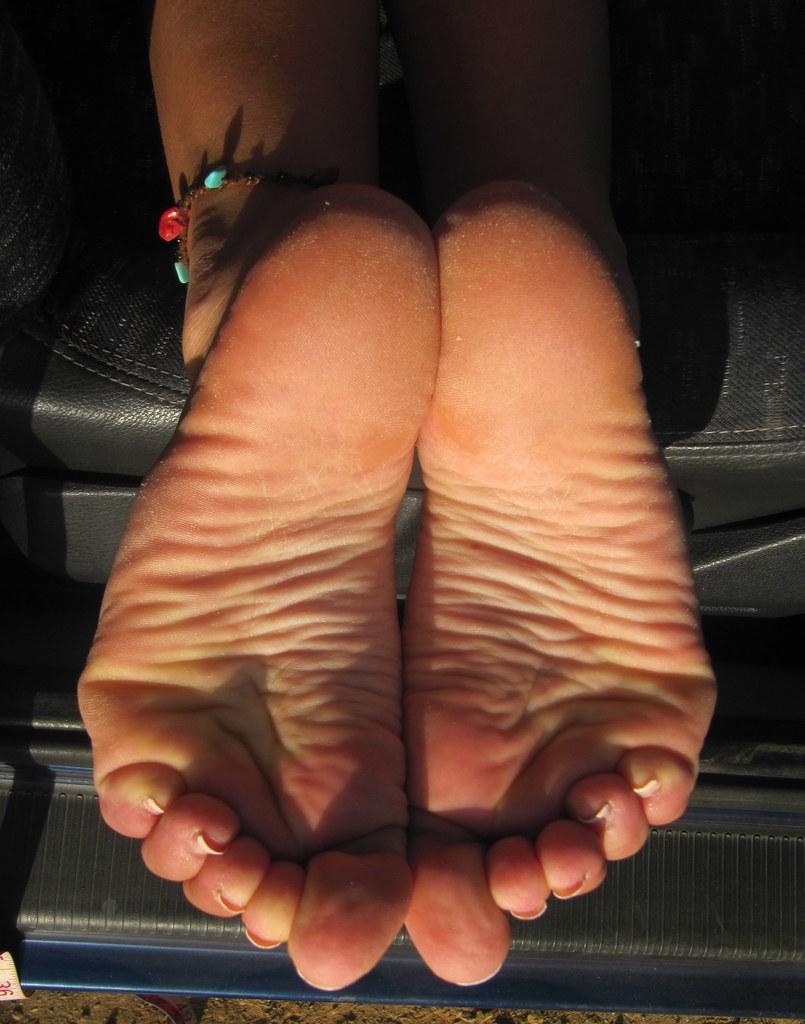 Black female feet pics