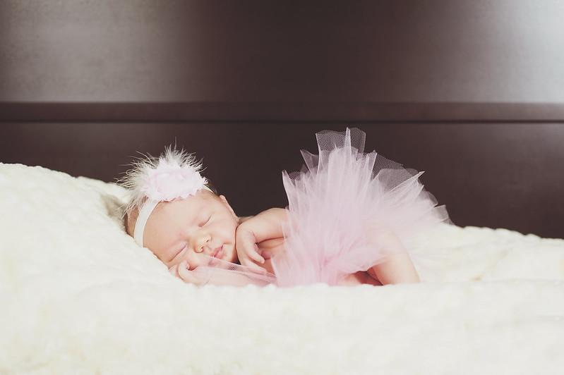 Baby Emma's Newborn Photos in Little Rock, Arkansas