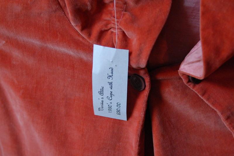 vintage-red-velvet-30s-cape