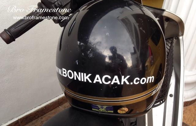 Helmet Boni Kacak