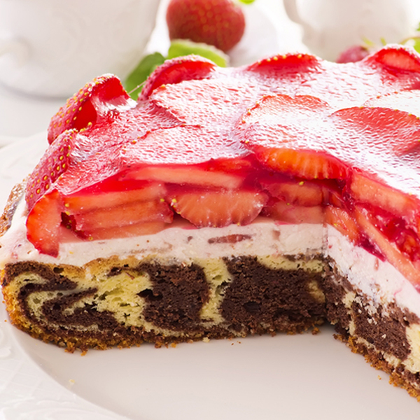 Marble Cake Cream Strawberry Glaze