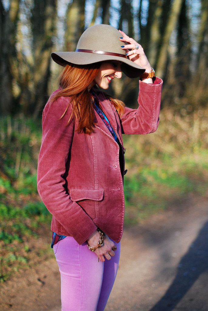 Plum corduroy jacket, lilac jeans & taupe hat