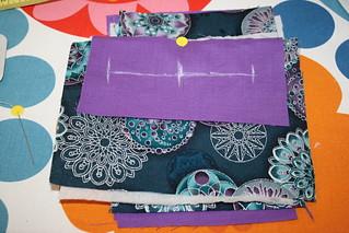 2. Rollo de agujas para tejer y neceser.