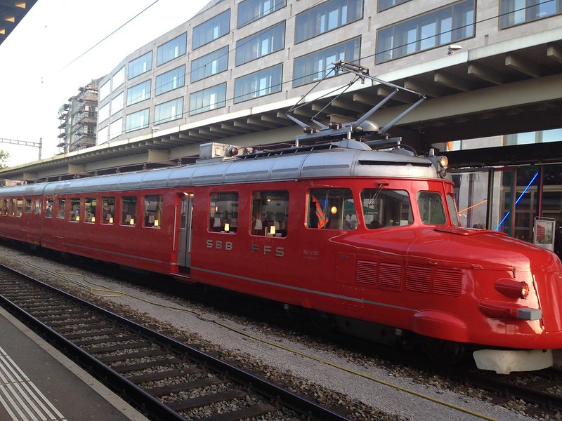 Swiss Red Arrow Double Railcar at Zurich main station tonight 14092720296_c6c2a5bebe_c