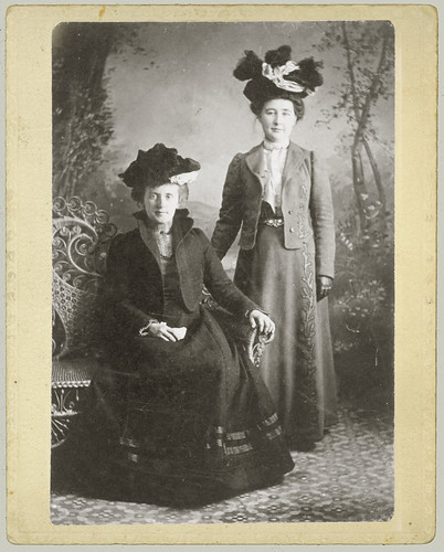 Two ladies with hats