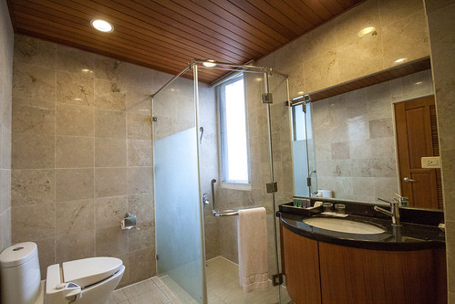 台南商務會館悠閒度假-客房衛浴03
