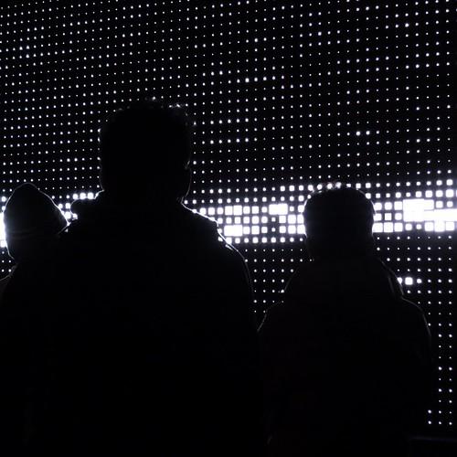 電波を可視化するプロジェクト。四方さんがキュレーター!