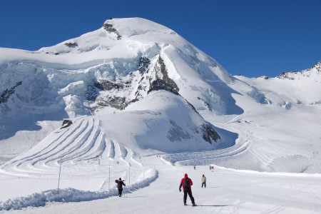 Nejlepší lyžování ve Švýcarsku – běžky i sjezd