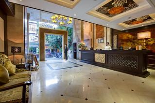 Lobby | Golden Lotus Luxury